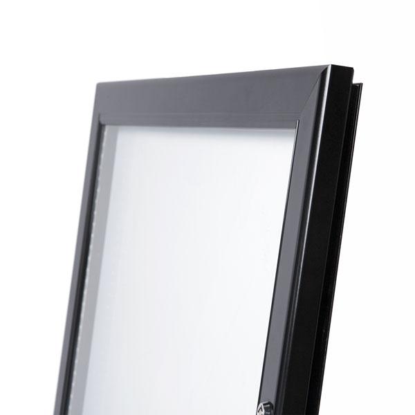 Black Menuboard with 4 × A4 Showcase (Frame)